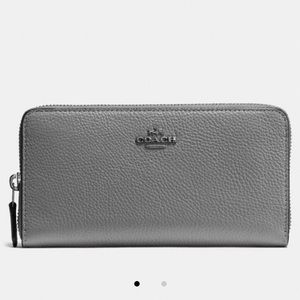 Silver Coach Large Accordian ZIP Wallet